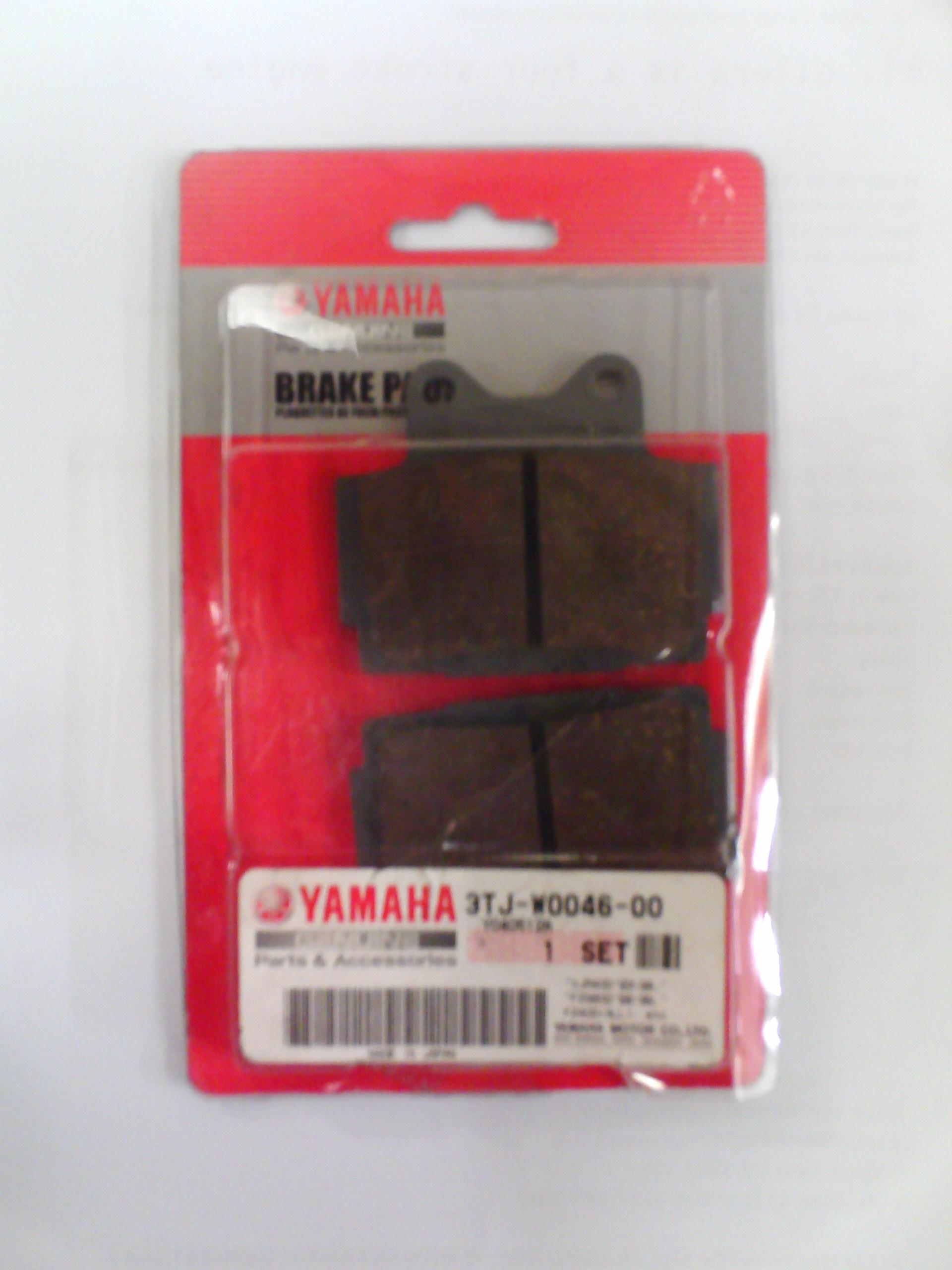 http://www.southernbikespares.co.uk/images/Ebay2/S/yamaha/OEM%20Brake%20Pads%20(3TJ-W0046-00).JPG